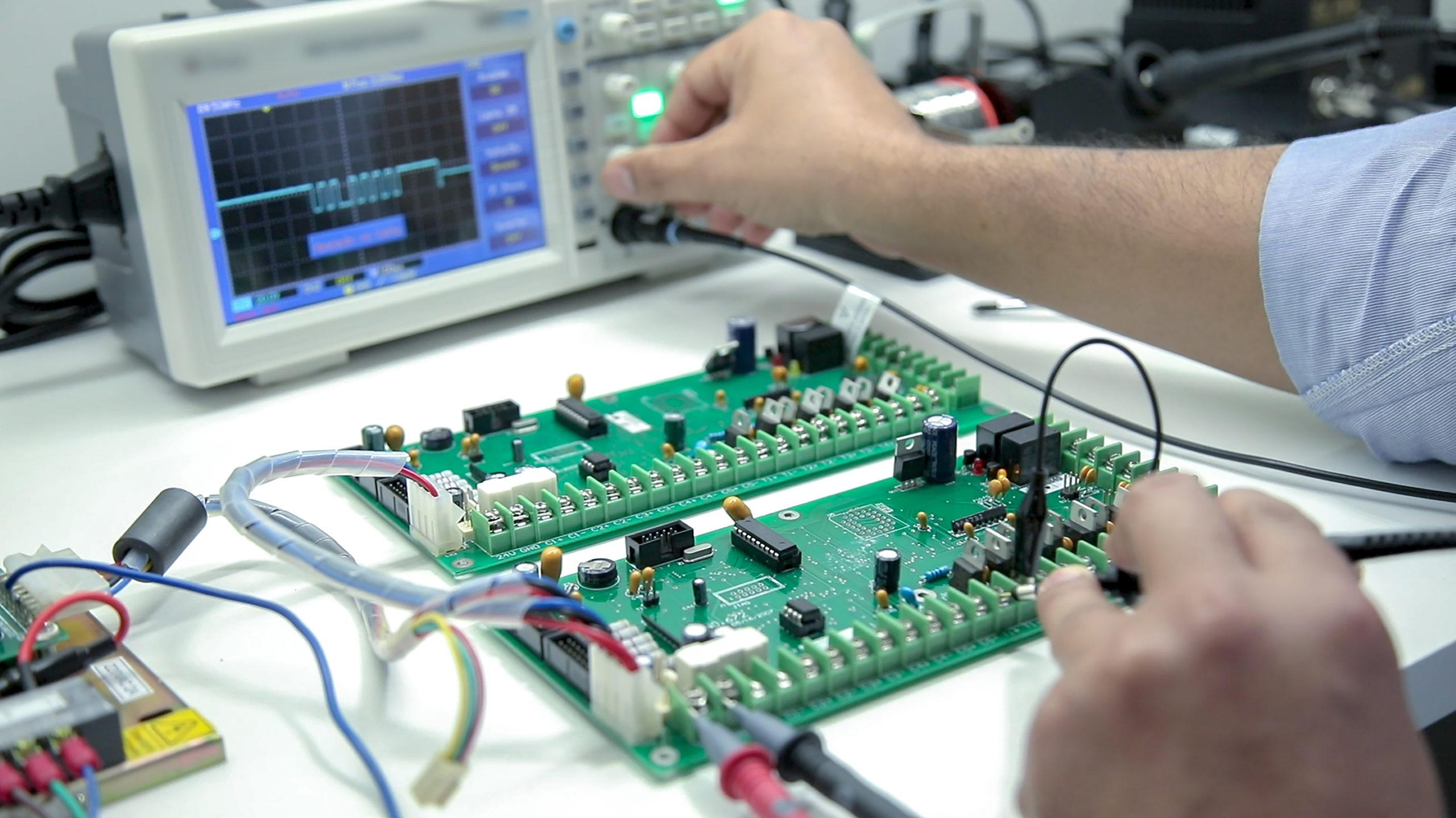 controle electronique